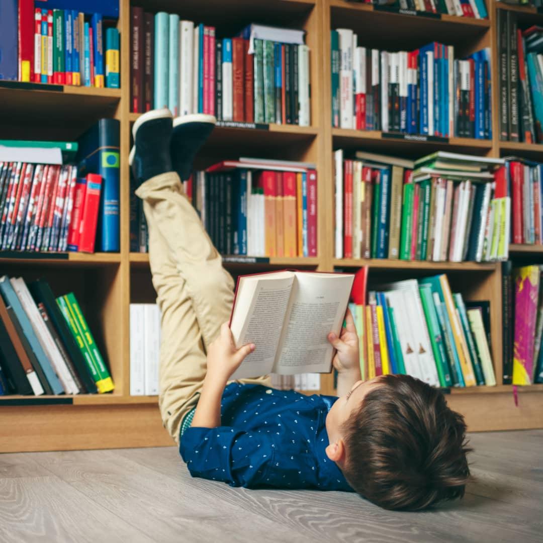 چطوری بچهها رو به کتابخوندن علاقهمند کنیم؟